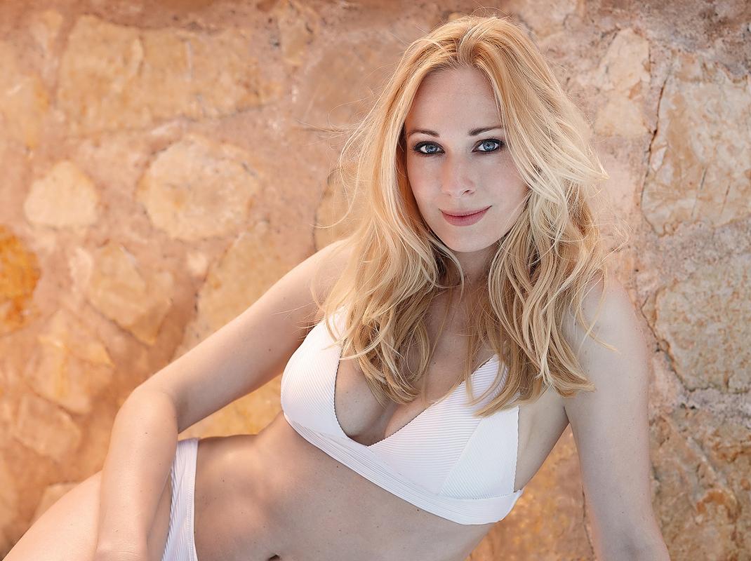 Heidi_F (52)